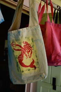 tote bags, one shoulder bag